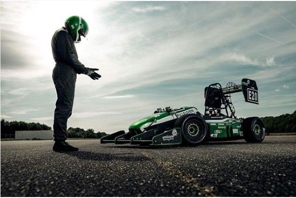 Onthulling Formula Racewagen